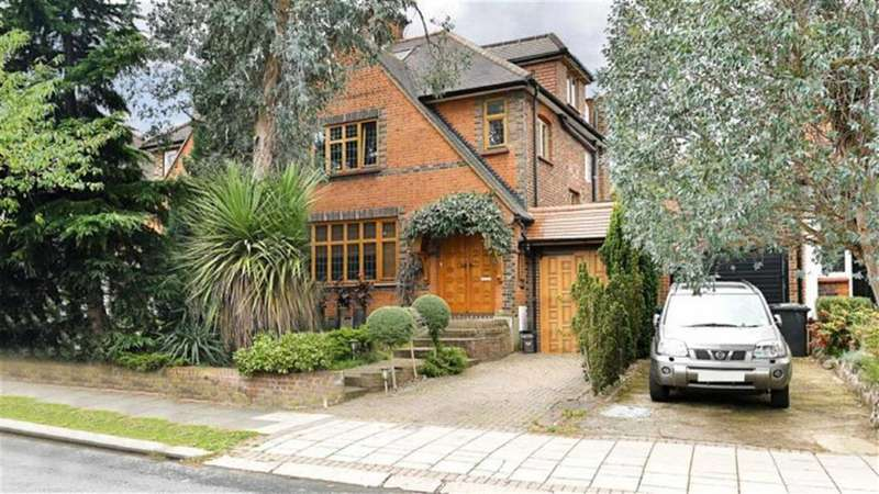 4 Bedrooms House for sale in Chanctonbury Way, Woodside Park