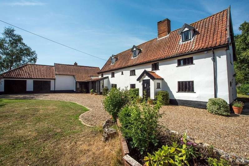 5 Bedrooms Detached House for sale in Tibenham