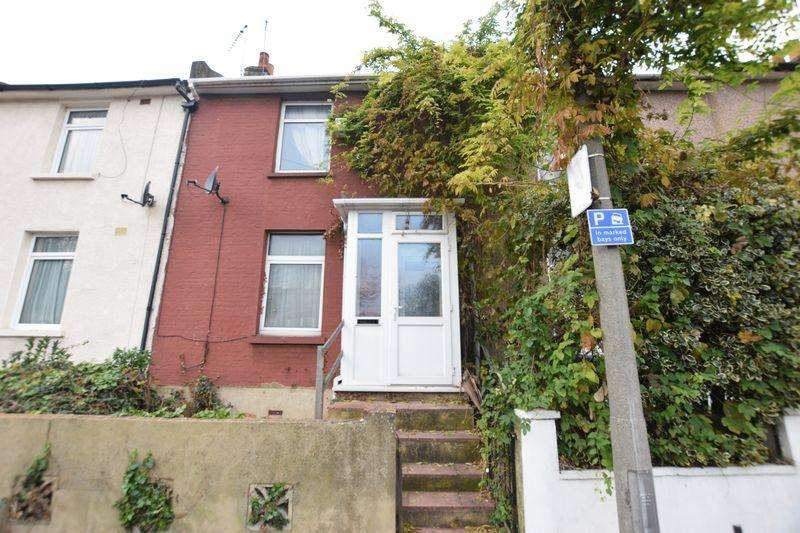 3 Bedrooms Terraced House for sale in Congleton Grove, Plumstead, SE18 7HL