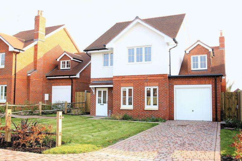 5 Bedrooms Detached House for sale in Meon Valley, Corhampton