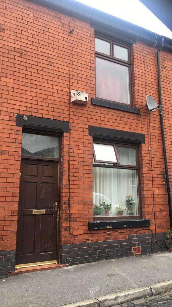 2 Bedrooms Terraced House for sale in Promenade Street, Heywood