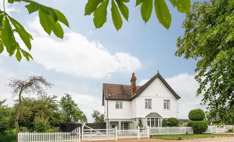 4 Bedrooms Detached House for sale in Church Walk, Sturmer