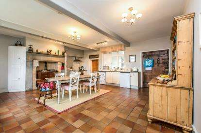 7 Bedrooms Detached House for sale in Smethwick Lane, Brereton, Sandbach, Cheshire
