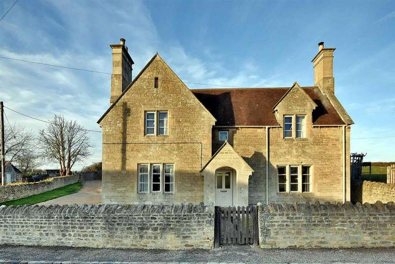 3 Bedrooms Detached House for sale in Little Oakley, Northamptonshire NN18 8HA