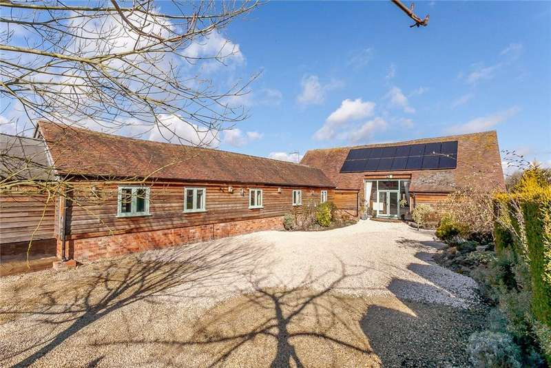 5 Bedrooms Detached House for sale in Sandhurst Lane, Twigworth, Gloucester, Gloucestershire, GL2