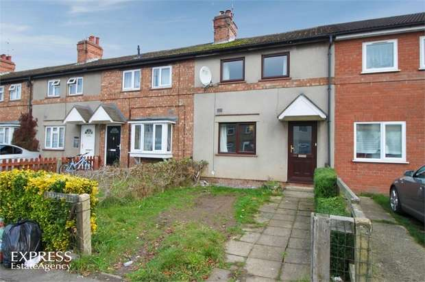 3 Bedrooms Terraced House for sale in Queens Road, Spalding, Lincolnshire