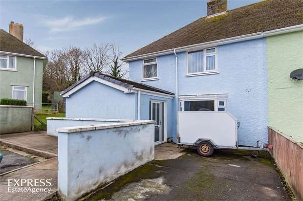 3 Bedrooms Semi Detached House for sale in St Peters Road, Pembroke Dock, Pembrokeshire