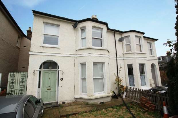 4 Bedrooms Semi Detached House for sale in Charlotte Road, Wallington, Surrey, SM6 9AX