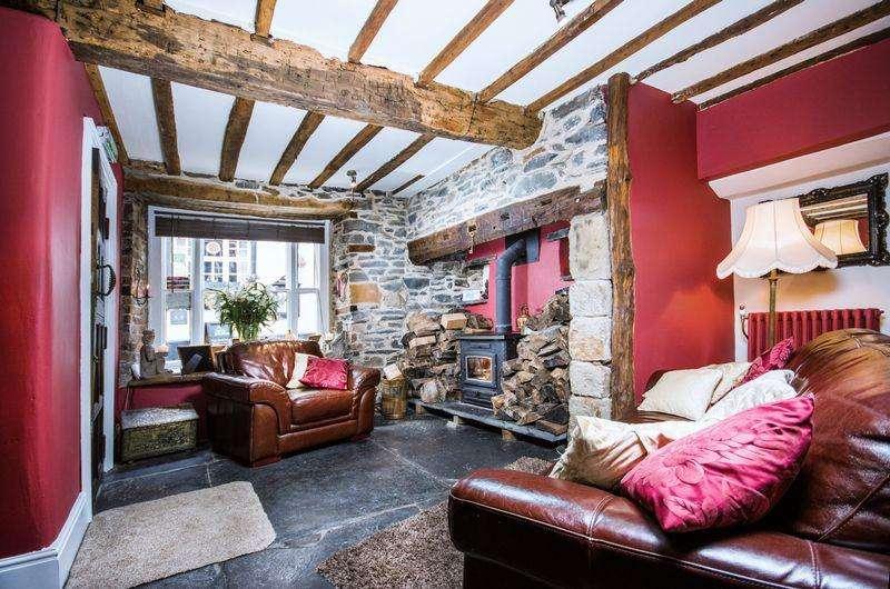 3 Bedrooms House for sale in Cornerstones, 19 Bridge Street, Llangollen