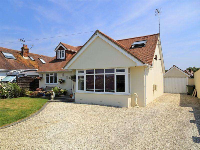 4 Bedrooms Detached House for sale in West Drive, South Ferring