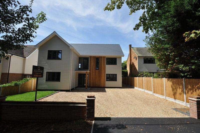 6 Bedrooms Detached House for sale in Empress Avenue, West Mersea, Essex