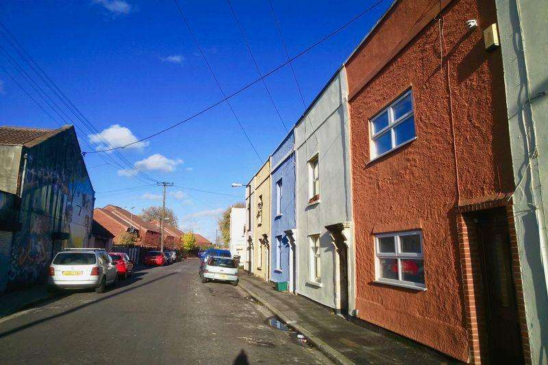 3 Bedrooms Terraced House for sale in Belmont Street, Easton, Bristol, BS5 0NQ