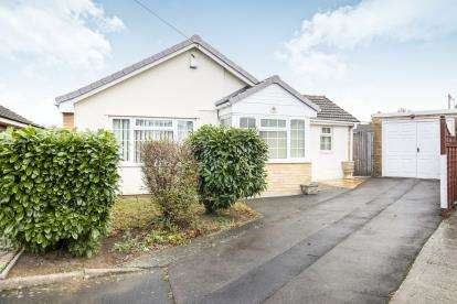 3 Bedrooms Detached House for sale in Colerne Drive, Gloucester, Hucclecote, Gloucestershire
