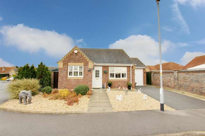 2 Bedrooms Detached Bungalow for sale in Mumby Meadows, Mumby, Alford