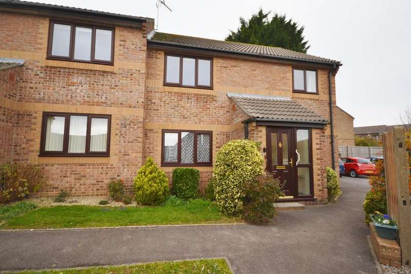 2 Bedrooms Retirement Property for sale in Little Quillet Court, Cam, Dursley, GL11 5EX