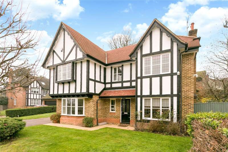 5 Bedrooms Detached House for sale in Cottage Close, Watford, Hertfordshire, WD17