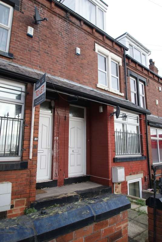 6 Bedrooms Terraced House for rent in Hartley Grove, Woodhouse, Leeds