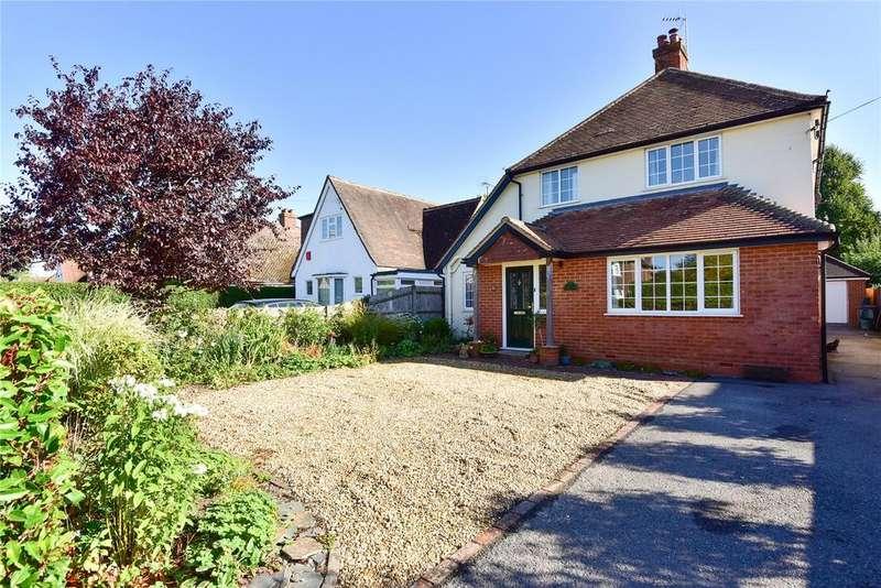4 Bedrooms Detached House for sale in Shortheath Crest, Farnham, Surrey, GU9