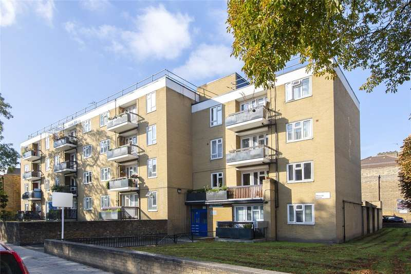 4 Bedrooms Flat for sale in Marcon Court, Amhurst Road, London, E8