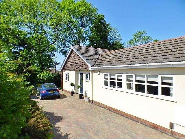 3 Bedrooms House for sale in Kenilworth Avenue, Runcorn