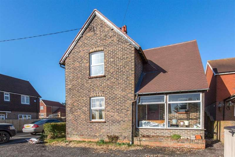 4 Bedrooms Detached House for sale in Station Road, Berwick