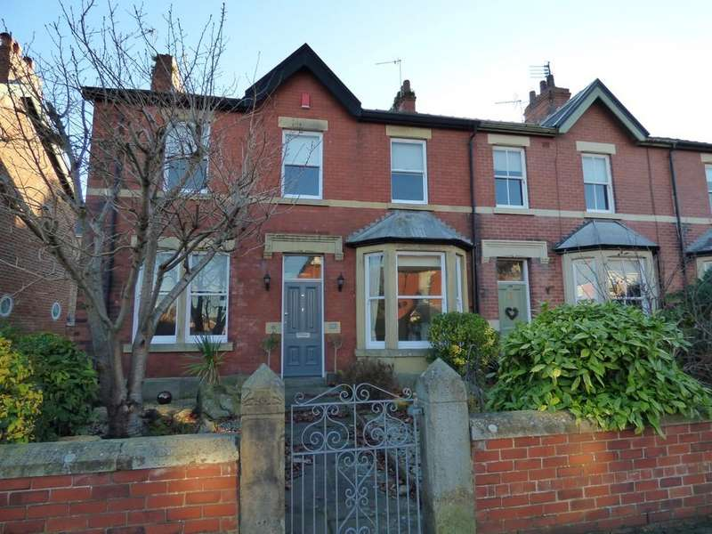 3 Bedrooms Semi Detached House for sale in 140 Warton Street