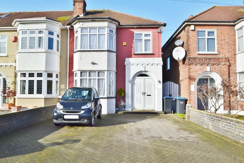 3 Bedrooms End Of Terrace House for sale in Ash Grove, Palmers Green N13