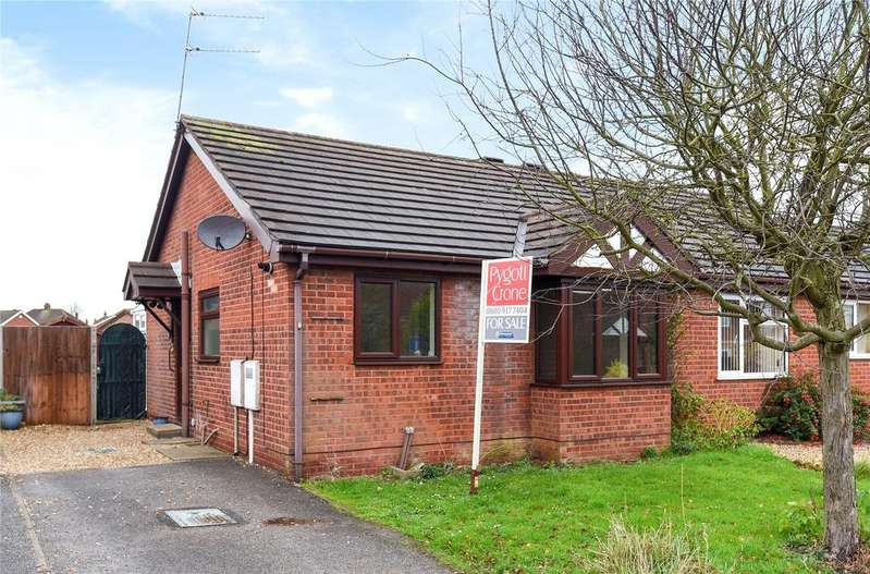2 Bedrooms Semi Detached Bungalow for sale in Woburn Avenue, Lincoln, LN1