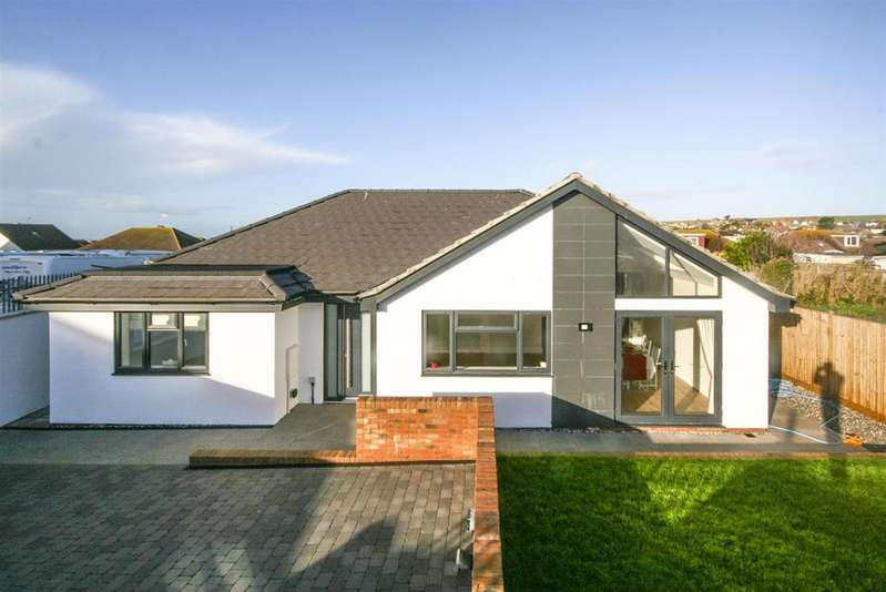 3 Bedrooms Detached Bungalow for sale in Telscombe Cliffs Way, Telscombe Cliffs, Peacehaven
