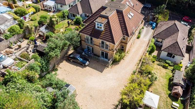 13 Bedrooms Block Of Apartments Flat for sale in FREEHOLD INVESTMENT, LAWSON ROAD BH12
