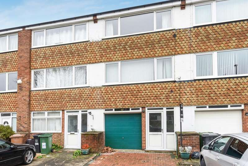 3 Bedrooms Terraced House for sale in Carston Close Lee SE12