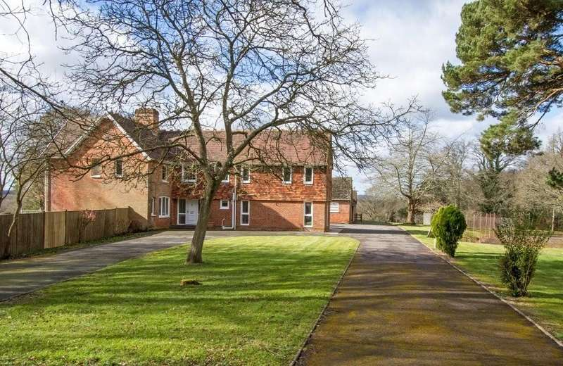 5 Bedrooms Equestrian Facility Character Property for sale in East Wellow, Hampshire