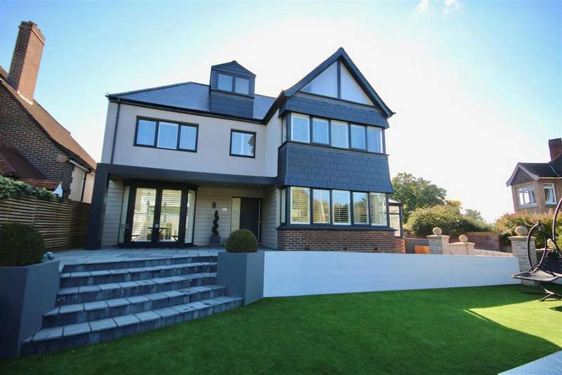 5 Bedrooms Detached House for sale in London Road, Cosham, Portsmouth