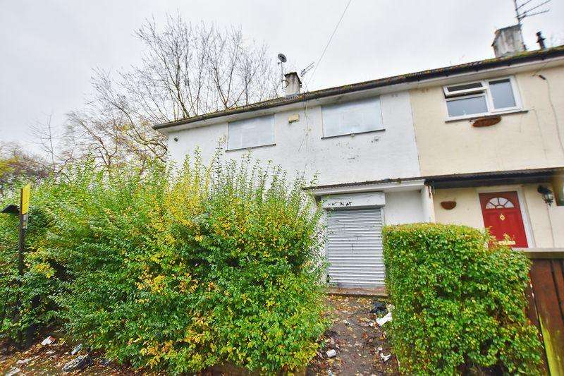 3 Bedrooms Semi Detached House for sale in Stanhope Road, Salford