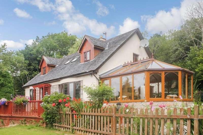 4 Bedrooms Detached House for sale in Kerrowdown, Drumnadrochit, IV63 6XP