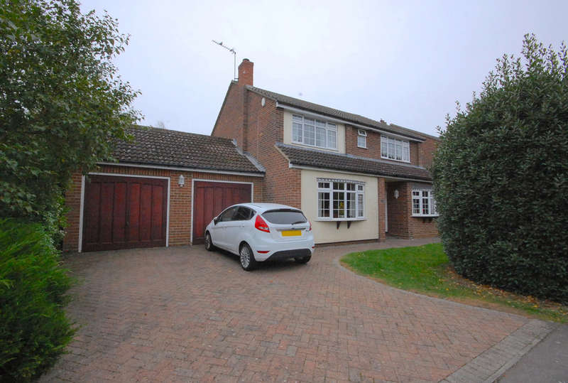 5 Bedrooms Detached House for sale in New Road, Rayne, Braintree, CM77