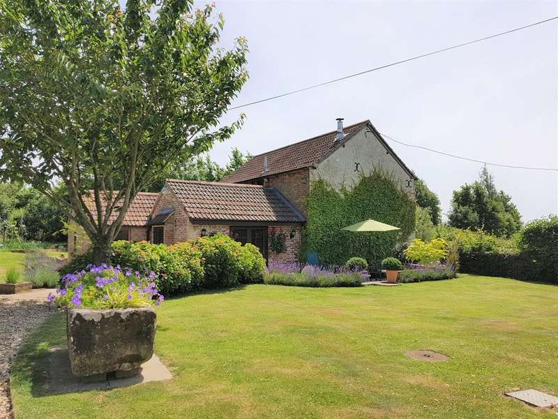 3 Bedrooms Detached House for sale in Spirthill WILTSHIRE