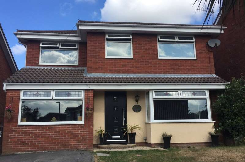 4 Bedrooms Detached House for sale in Barford Close, Upholland, Lancashire, WN8