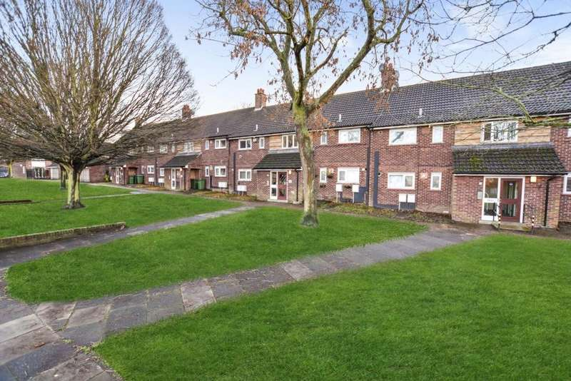 1 Bedroom Flat for sale in Strongbow Crescent, Eltham, SE9
