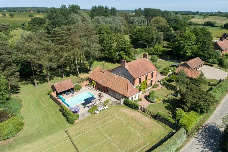5 Bedrooms Detached House for sale in Edgefield, Holt, Norfolk, NR24