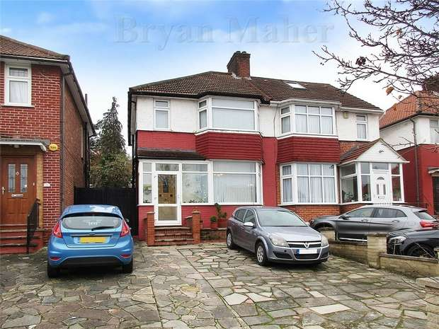 3 Bedrooms Semi Detached House for sale in Forest Gate, LONDON