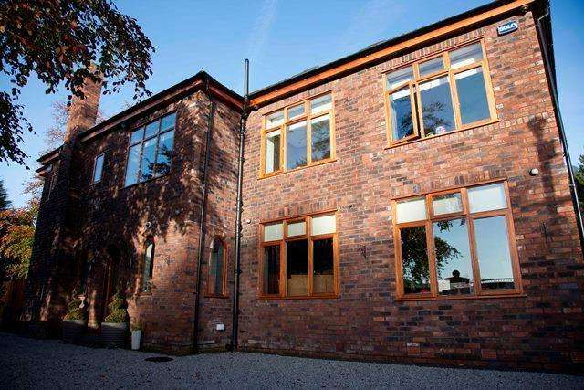 5 Bedrooms Detached House for rent in Beaconsfield Road, Woolton, Liverpool, Merseyside, L25