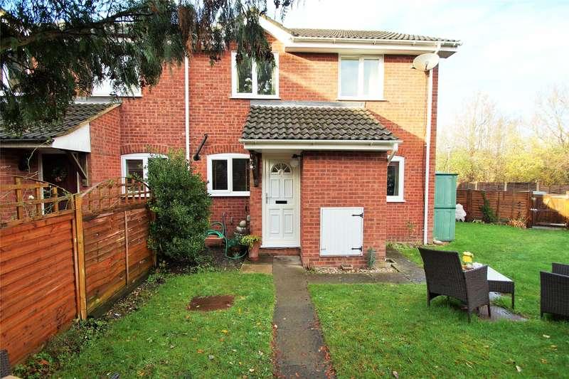 2 Bedrooms End Of Terrace House for sale in Hexham Close, Owlsmoor, Sandhurst, Berkshire, GU47