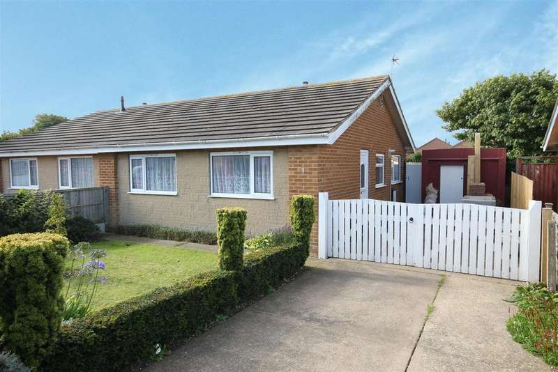 2 Bedrooms Semi Detached Bungalow for sale in Ivel Grove, Mablethorpe