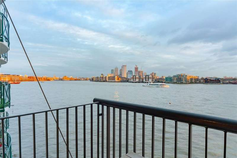 2 Bedrooms Flat for sale in Wapping Wall, London