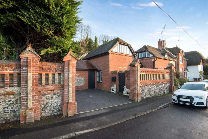 4 Bedrooms End Of Terrace House for sale in Old London Road, Stockbridge, Hampshire, SO20