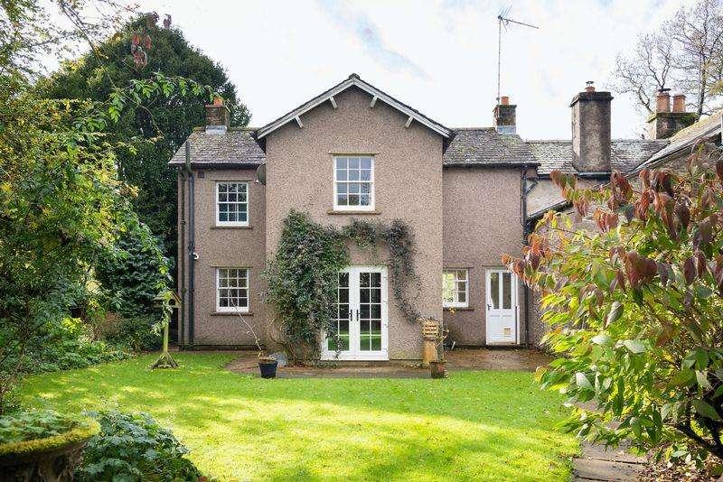 3 Bedrooms Semi Detached House for sale in Bridge Cottage, Maulds Meaburn, Penrith,