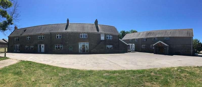 5 Bedrooms Detached House for sale in Hawdref Ganol Farm, Port Talbot, Glamorgan. SA12 9SL