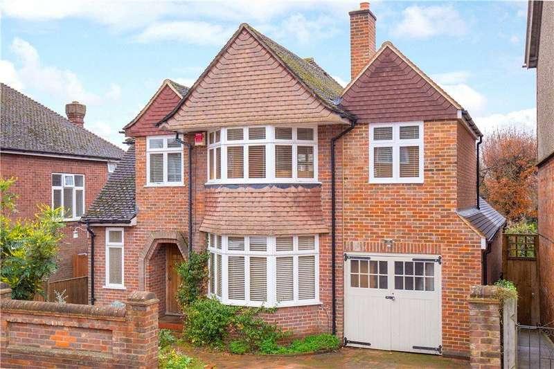 4 Bedrooms Detached House for sale in Manor Road, Aylesbury, Buckinghamshire