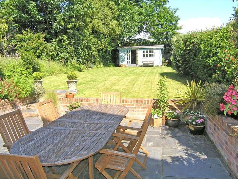 5 Bedrooms Semi Detached House for sale in Lane End Road, Bembridge, Isle of Wight, PO35 5SY